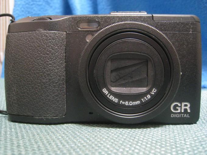 RICOH GR 4