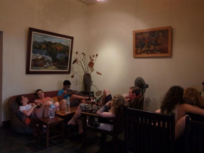 Nola Cafe