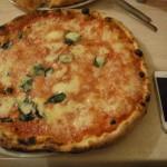 ナポリピザでかっ!食べて祈って恋をしてのロケ地で食べるそれはマズかったけど